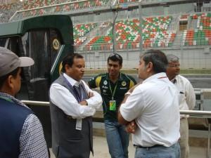 Manoj Gaur, Executive Chairman, Jaypee Group, talking to Karun
