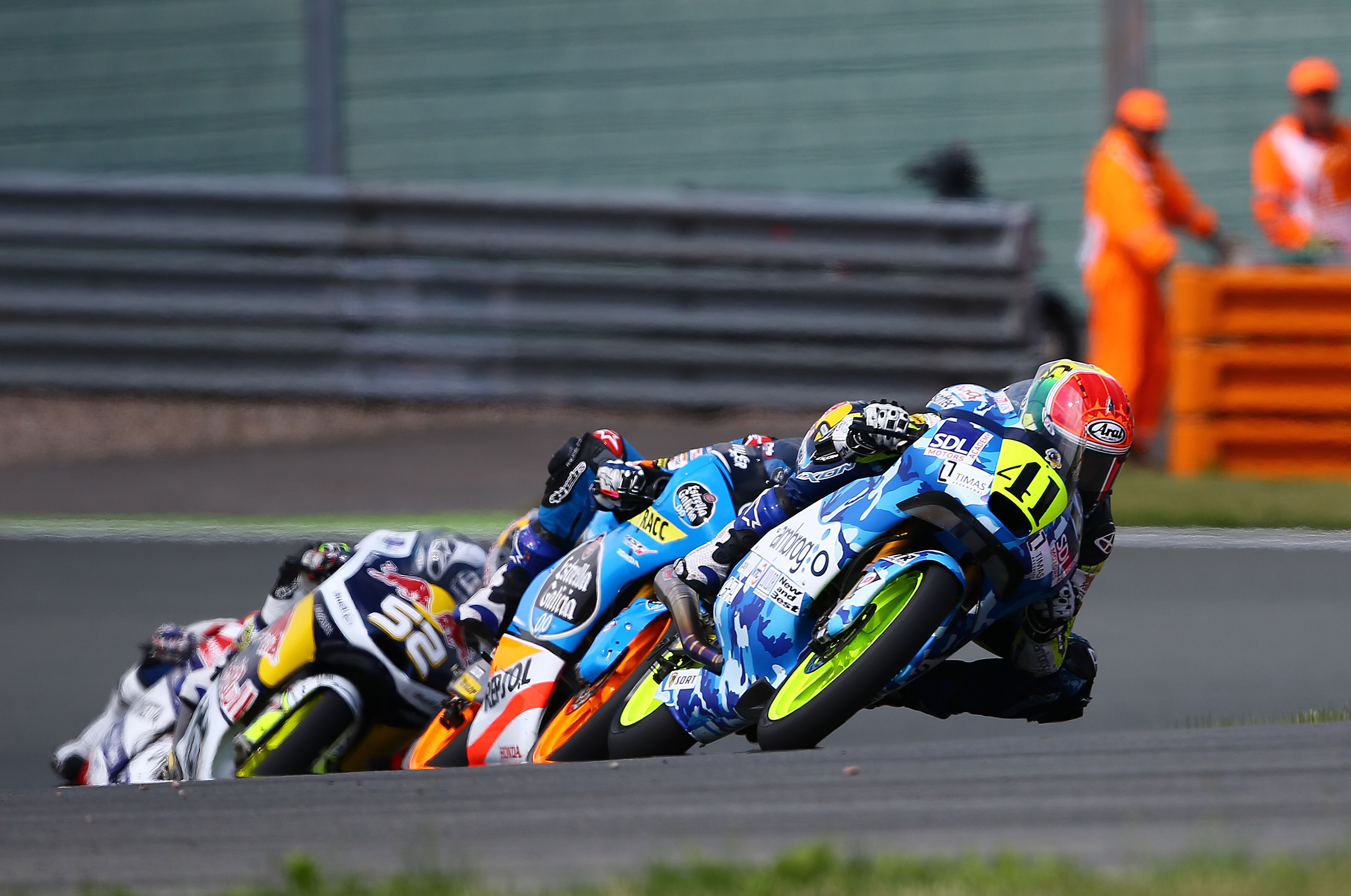 Brad-Binder-races-to-second-on-the-Mahindra-MGP3O | INDIA in F1